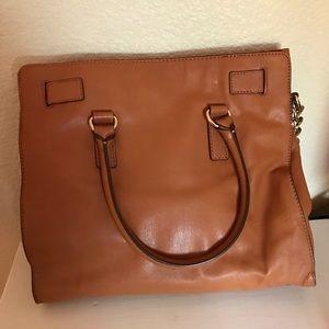 Michael Kors Bags - Michael Kors Leather Hamilton Tote